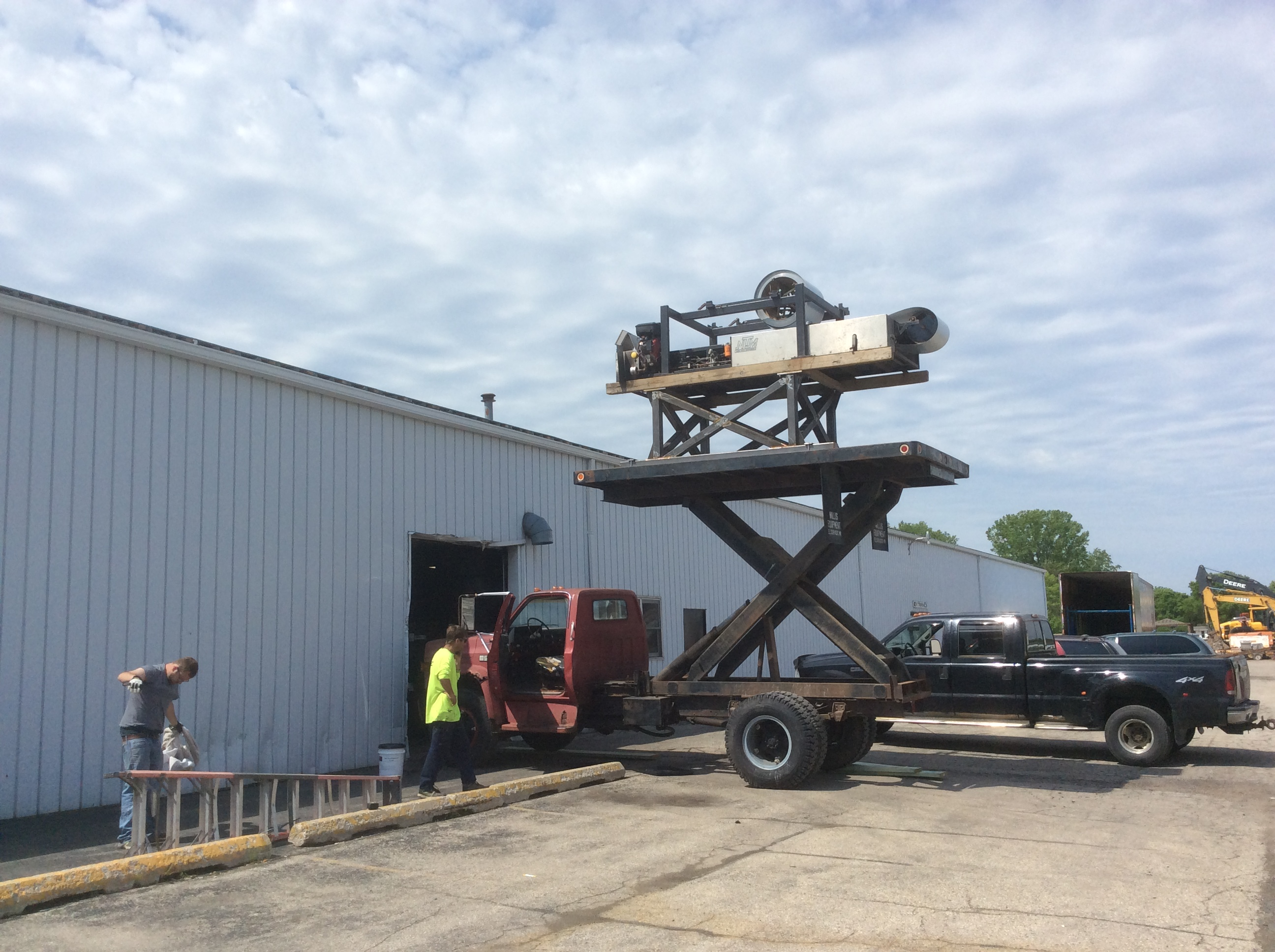 About Custom Metal Roofing | CMR - Custom Metal Roofing